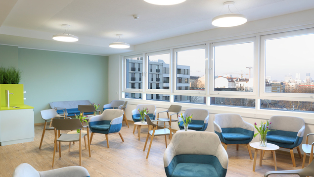 Komfort, optimierte Abläufe, Zeitersparnis im neu gestalteten Sprechstundenzentrum im 5. Stock der Klinik.