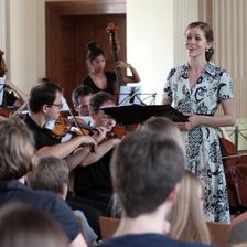 Sopranistin Anna Smith mit dem Sibelius Orchester beim Konzert im Juni 2016