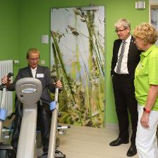 Eröffnung Geriatrische Tagesklinik Bürgermeister Kleebank Physiotherapie