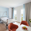 Komfortzimmer  (© Martin-Luther-Krankenhaus, Christina Stivali)
