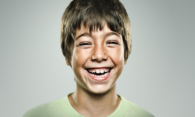 Tom (8), Schüler aus Moabit